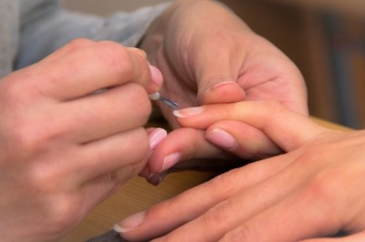 Tips on how to grow long, healthy nails