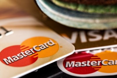 Credit card - Advantages and disadvantages