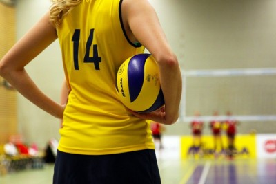 How To Improve Your Serve Receive With These Top 5 Volleyball Tips